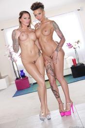 Sexy Pornstars Juelz Ventura And Bella Bellz 04