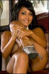 Nude Priya Rai  12