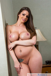 MILF Brooklyn Chase 13
