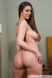MILF Brooklyn Chase 14
