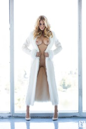 Kennedy Summers 10