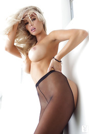 Magnificent Babe Devin Justine 05