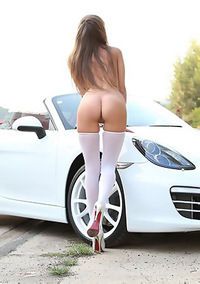 Hot Assed Girl Shows Pussy In White Car