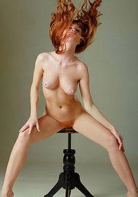 Ossana Hot Redhead Girl Shows Pussy