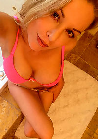 Kayden Kross Bathroom Selfshot