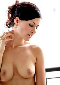 Sweet Stunning Lisa Has Really Hot Body