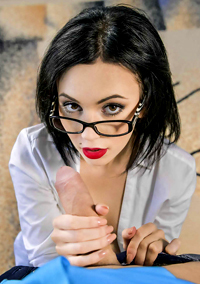 Babe In Glasses Gives Head