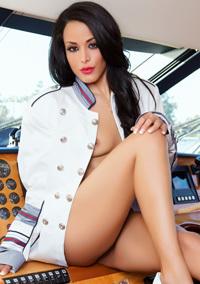 Layla Sin Boat Trip