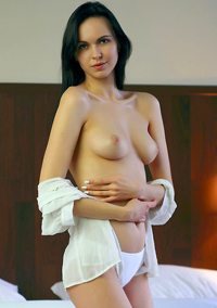 Raven Haired Teen Nasita Strips On A Bed