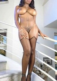 Big Tits Ebony Babe In Stockings