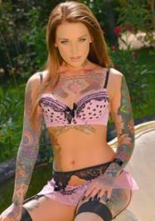 Horny Chick Lauren Brock